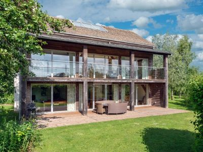 Photo for Spinney Falls House (CW87), Cotswolds - sleeps 10 guests  in 5 bedrooms