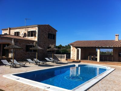Photo for Wonderful finca with large pool and barbecue kitchen near Es Trenc!