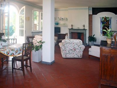 Photo for House in the center of Forte dei Marmi with Internet, Air conditioning, Parking, Garden (281665)