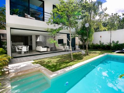 Photo for Brand new Stunning Modern Luxury Villa with Pool