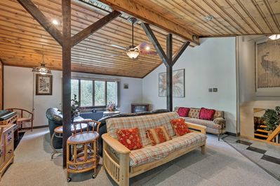 This vacation rental provides all the comforts of home during your stay.