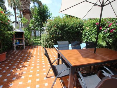 Photo for Beautiful townhouse with terrace and large communal garden