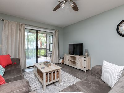 Pet Friendly - Newly Furnished 2 Bed/2 Bath TreeTops Condo