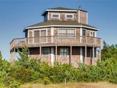 Photo for Chic Coastal Style! Oceanfront & Dog-Friendly, Endless Views, Walk to the Beach