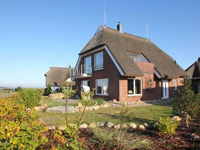Photo for Holiday house sea view under thatch - house: 130m², 4-room, 6 pers., Sea view, fireplace, terrace