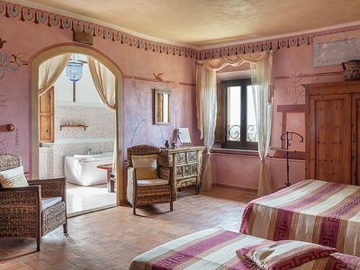 "Photo for ""Camera Etrusca"": double room with bathroom, in a period villa, with sea view"