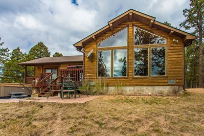 The Elk Spring Cabin located on 35 secluded acres, hottub, Pikes Peak view.