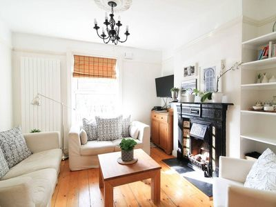 Photo for Charming Townhouse in Dublin's Most Vibrant Area