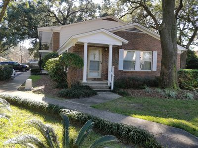 Photo for Beautiful, cozy, quiet, friendly, 3 miles from everything including nightlife.