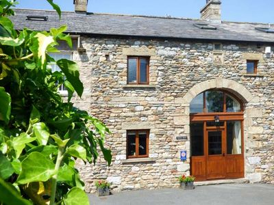 Photo for WARTH BARN, family friendly, with open fire in Ingleton, Ref 1912