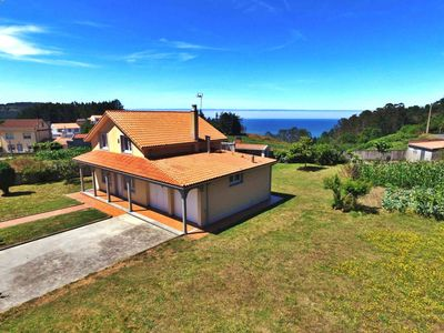 Photo for Lovely, cozy villa just 400 m from the beach