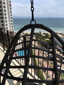 Photo for Luxurious 9th floor Ocean Front Grand Venetian Apartment