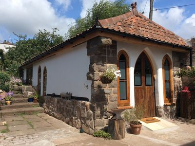 Photo for The Hideaway - charming cottage less than 4 miles from Bristol City Centre