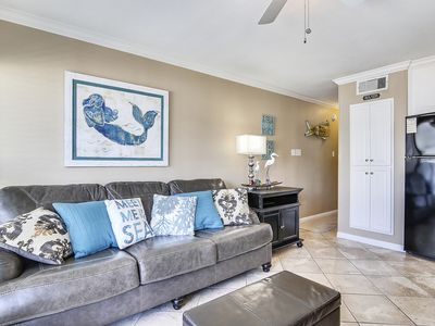 Photo for Popular Beach Suite Pool and Gulf View near Schlitterbahn Waterpark 1318