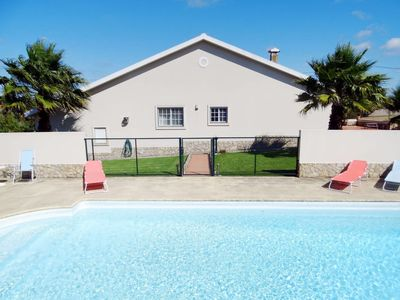 Photo for 3 bedroom Villa, sleeps 8 in Bombardeira with Pool and WiFi