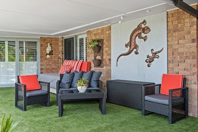 Outdoor back lounge area