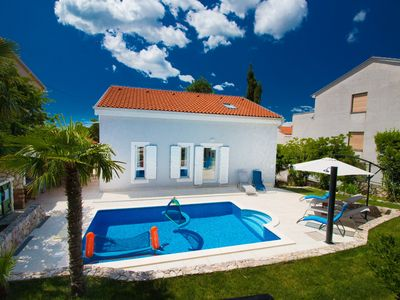 Photo for Casa Margareta - a beautiful Mediterranean holiday home with a stunning pool