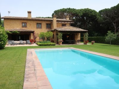 Photo for Luxury mansion with private pool next to the Golf Platja de Pals, Costa Brava