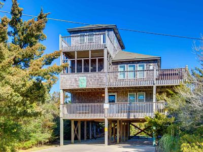 Photo for GREAT VALUE Oceanside 5 bed/ 4.5 bath, Pet Friendly, Hot Tub w/ Ocean Views!