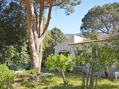Photo for Cosy Home Short Drive from Beach with Garden, Terrace & Sea View; Parking Available, Pets Allowed