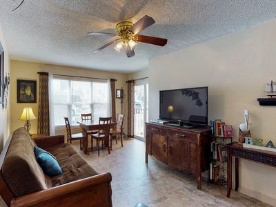 Photo for NEW LISTING! Oceanfront condo w/shared pool, hot tub, near beach & Schlitterbahn