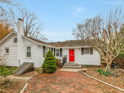 Photo for Uncork and Unwind at this Charming North Fork Cottage -  3 Beds/2 Baths