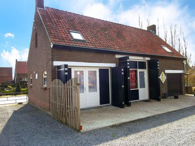 Photo for Vacation home Sint Kruis in Sint Kruis - 4 persons, 2 bedrooms