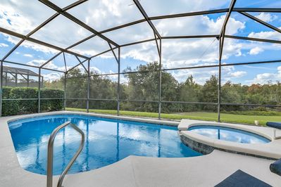 Southwest Facing Pool/Spa - SUN ALL DAY,  privacy hedges and conservation view