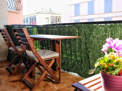 Photo for Roses apartment just 200 meters from the beach
