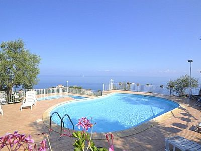 Photo for Casa Milli B: A cozy apartment situated on a promontory facing the sea.