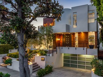 Photo for Luxurious Modern in West Hollywood