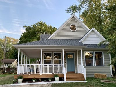 Newer Cottage with Lake Huron views and private community beaches.