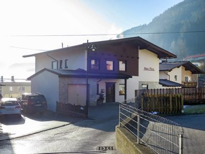 Photo for Apartment Apart Luxner (KAB121) in Kaltenbach - 8 persons, 4 bedrooms