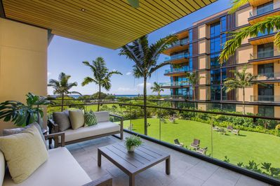 Relax on your Private Lanai overlooking the Great Lawn