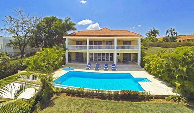 Photo for Your winter in a warm Caribbean 4BD villa with pool, near beaches and shops