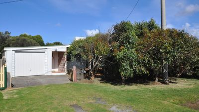 Photo for 4BR House Vacation Rental in Sunderland Bay, VIC