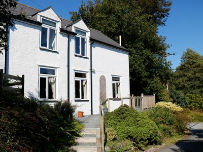 Photo for DROVERS COTTAGE, pet friendly in Tavistock, Ref 949803