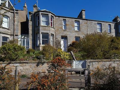 Photo for Comfortable 3 bedroomed apartment in central St Andrews