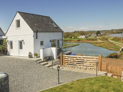 Photo for PEN Y PRYS, family friendly in Red Wharf Bay, Ref 1008970