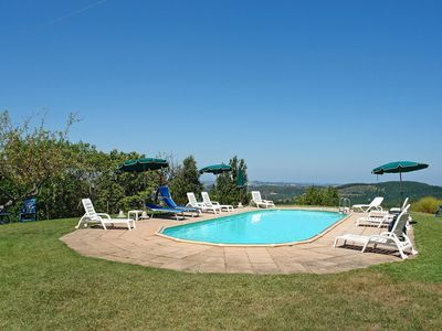 Photo for Beautiful private villa with private pool, WIFI, TV, balcony and parking, close to San Gimignano