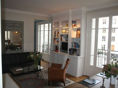 Photo for Sparkling and sophisticated apartment near Luxembourg Gardens
