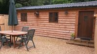 Lovely, compact lodge in a great location