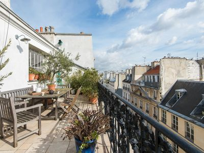 Photo for Rue de Saintonge - luxury 3 bedrooms serviced apartment - Travel Keys