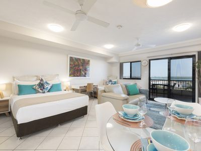 Photo for Darwin Executive Studio & FREE CAR - Apartment with VIEWS (Sleeps 3)