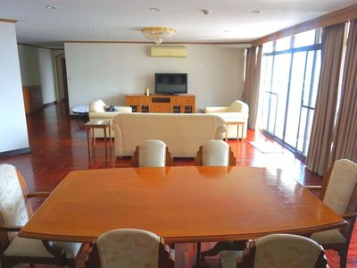 Photo for ★Thonglor★320㎡ Apartment 3BR/2.5Bath/6Bed/Max8ppl/Swimming pool+Gym/Wifi/CarPark