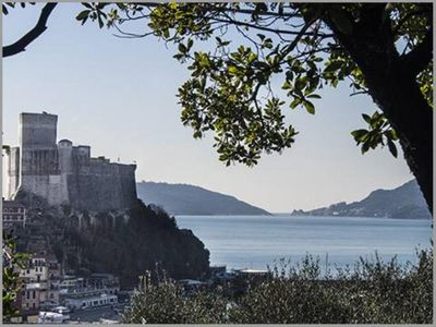 Photo for Apartment in the front row of the Lerici bay.