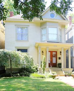 Photo for Charming Highlands Victorian w/ Pool--Quiet Street Just 2 Blocks from the Strip!