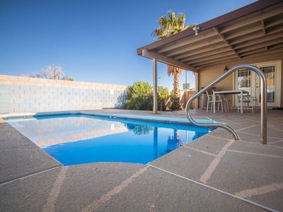 Photo for Dream Cove ★ 3 Bd ★ 10 min from Strip w/ Pool!