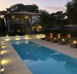Photo for Sumptuous villa with swimming pool and private access on the Dune of Pilat
