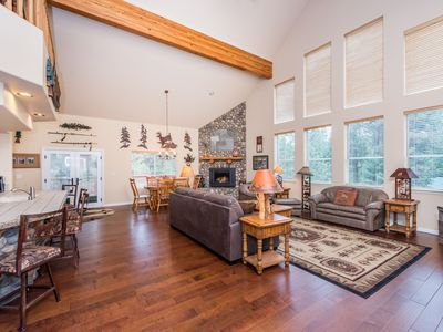 Photo for Dog-friendly home with free WiFi, gas fireplace, grill & game room